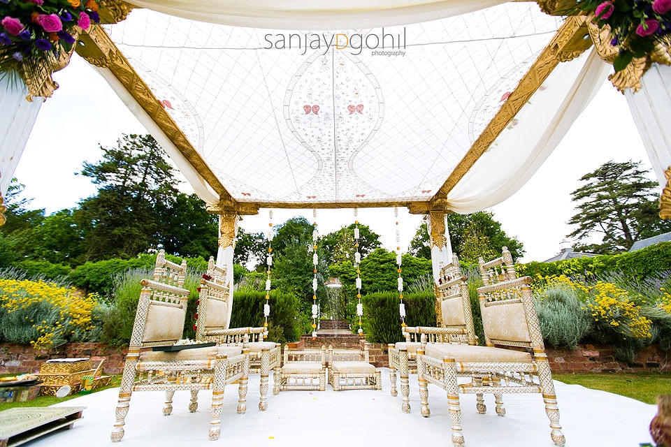 Hindu Wedding Mandap by Gayatri Weddings