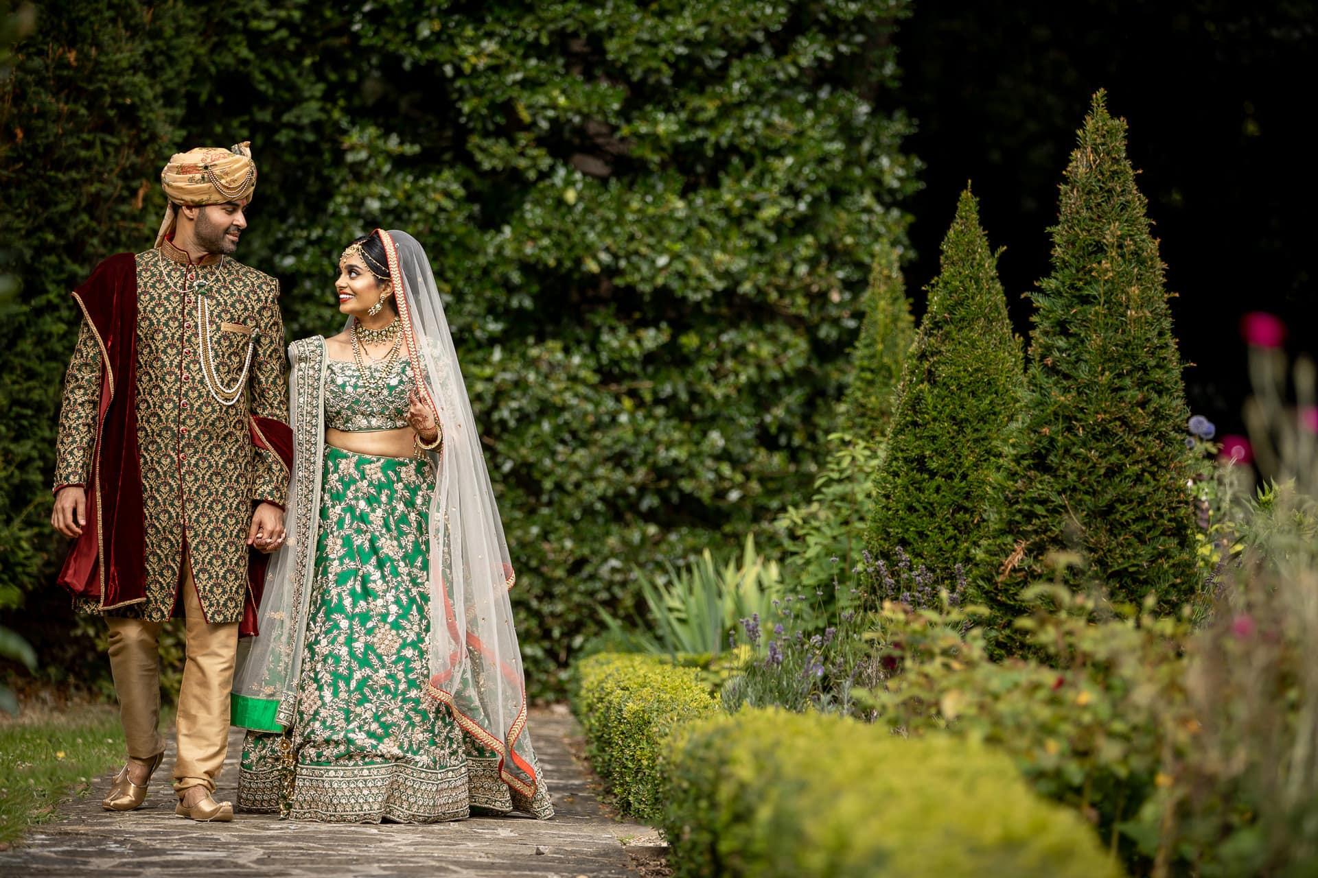 Asian wedding portrait at Hare Krishna Mandir