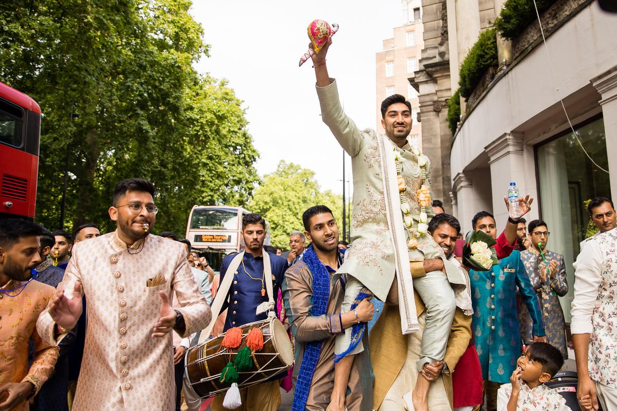 Hindu Groom arrival