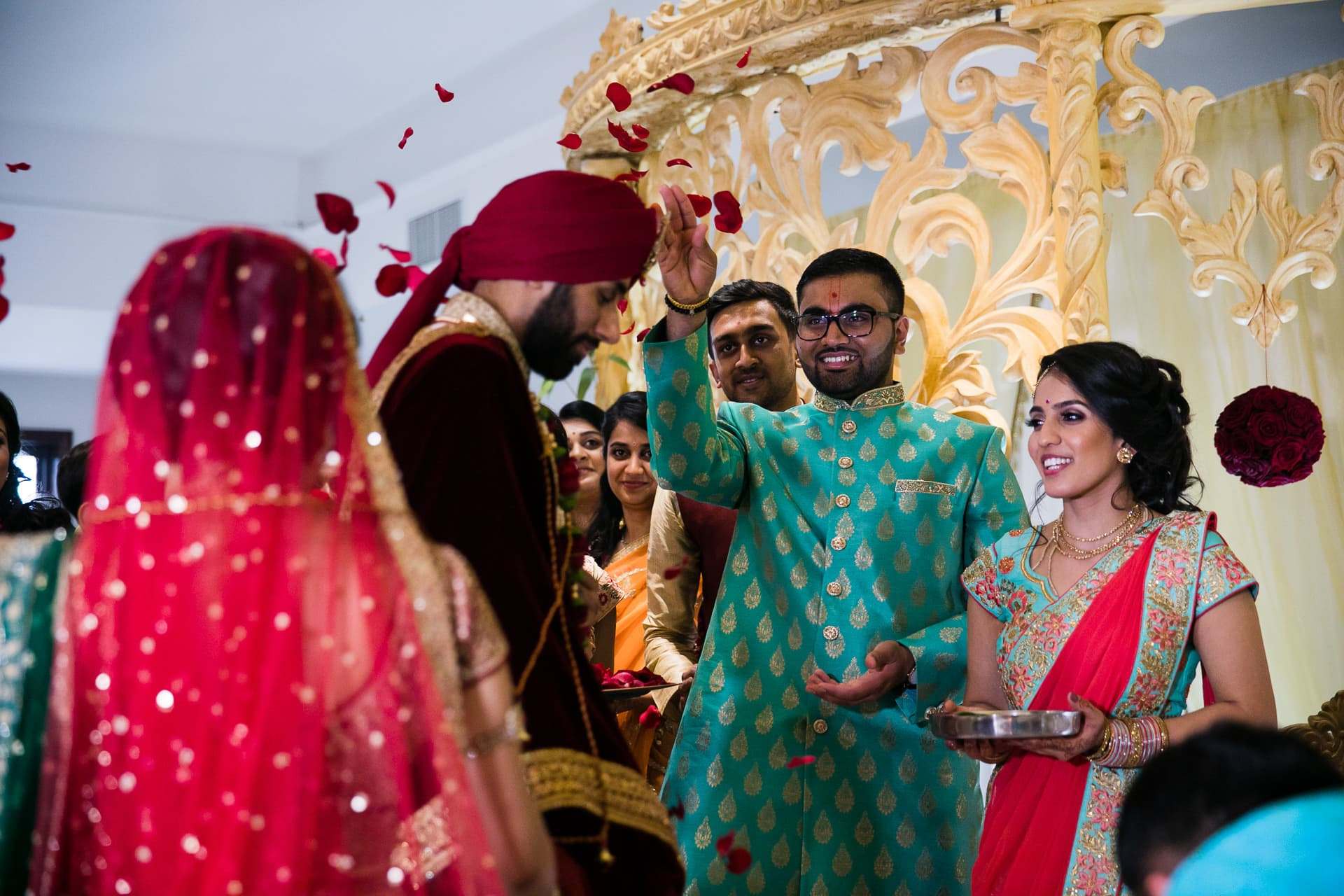 Hindu wedding ceremony performed by Milan Mehta