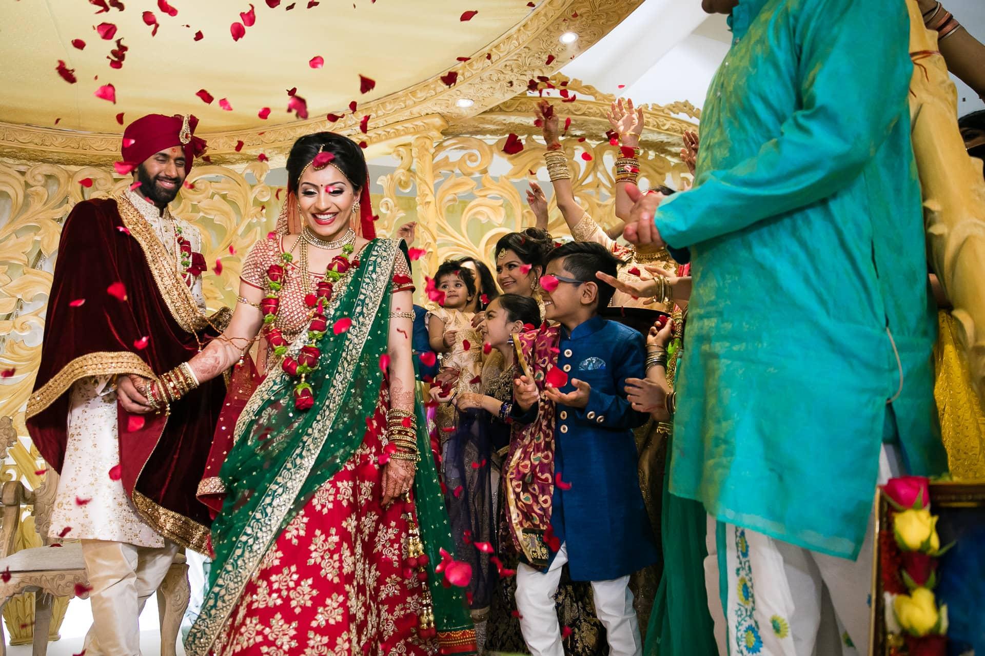 Hindu wedding ceremony performed by Milan Mehta