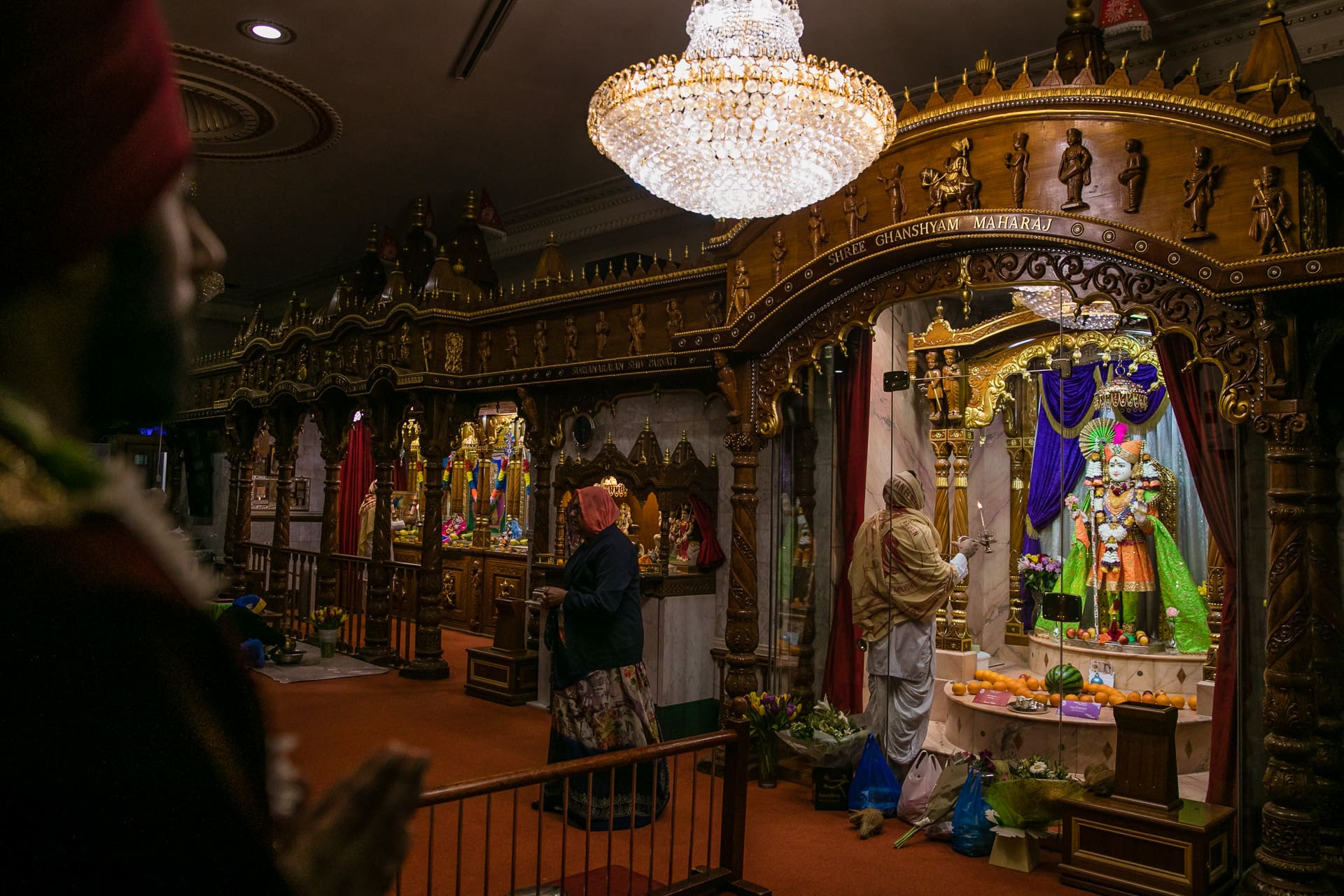 Groom praying inside Willesden Mandir