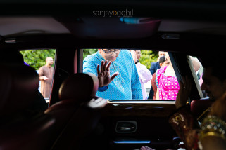 Guest waving goodbye