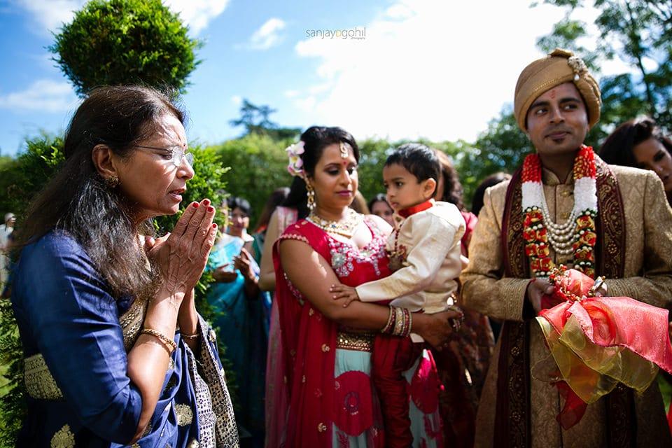 Prayers before asian wedding