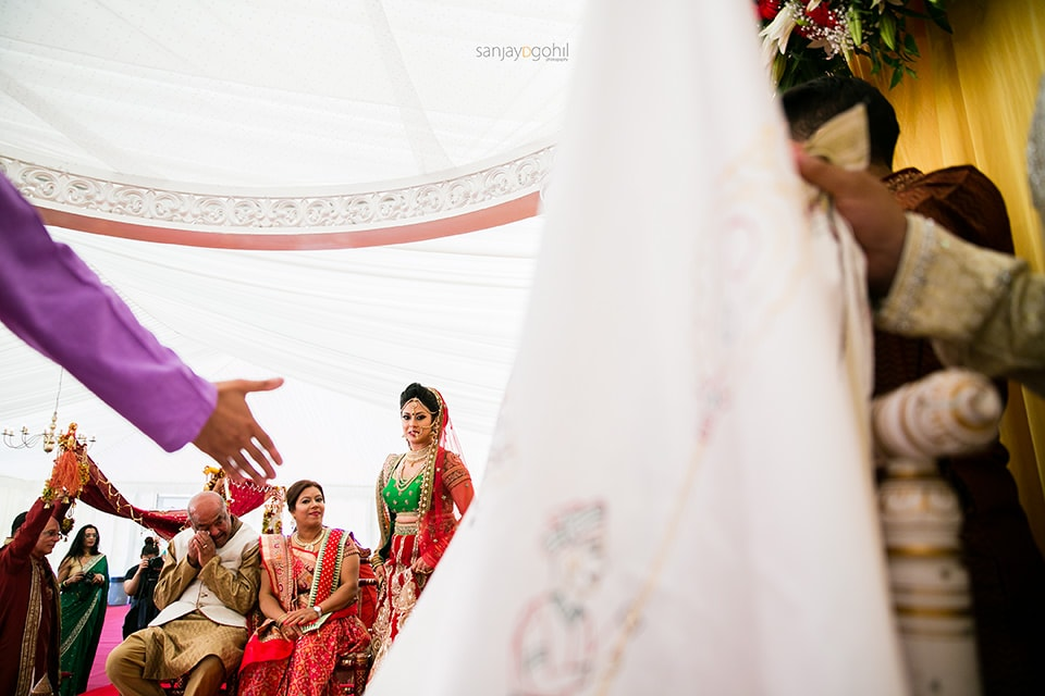 Asian wedding bride in the mandap