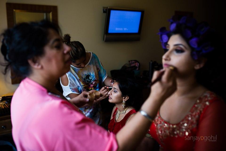 Bride getting ready for Hindu Wedding