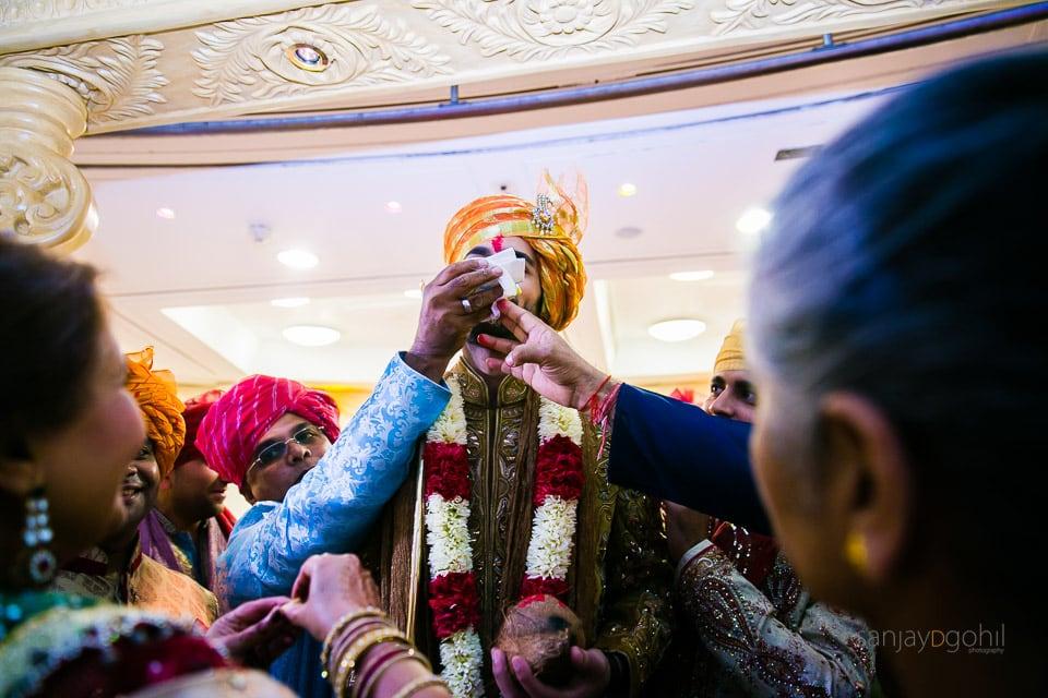 Hindu Gujarati wedding ceremony