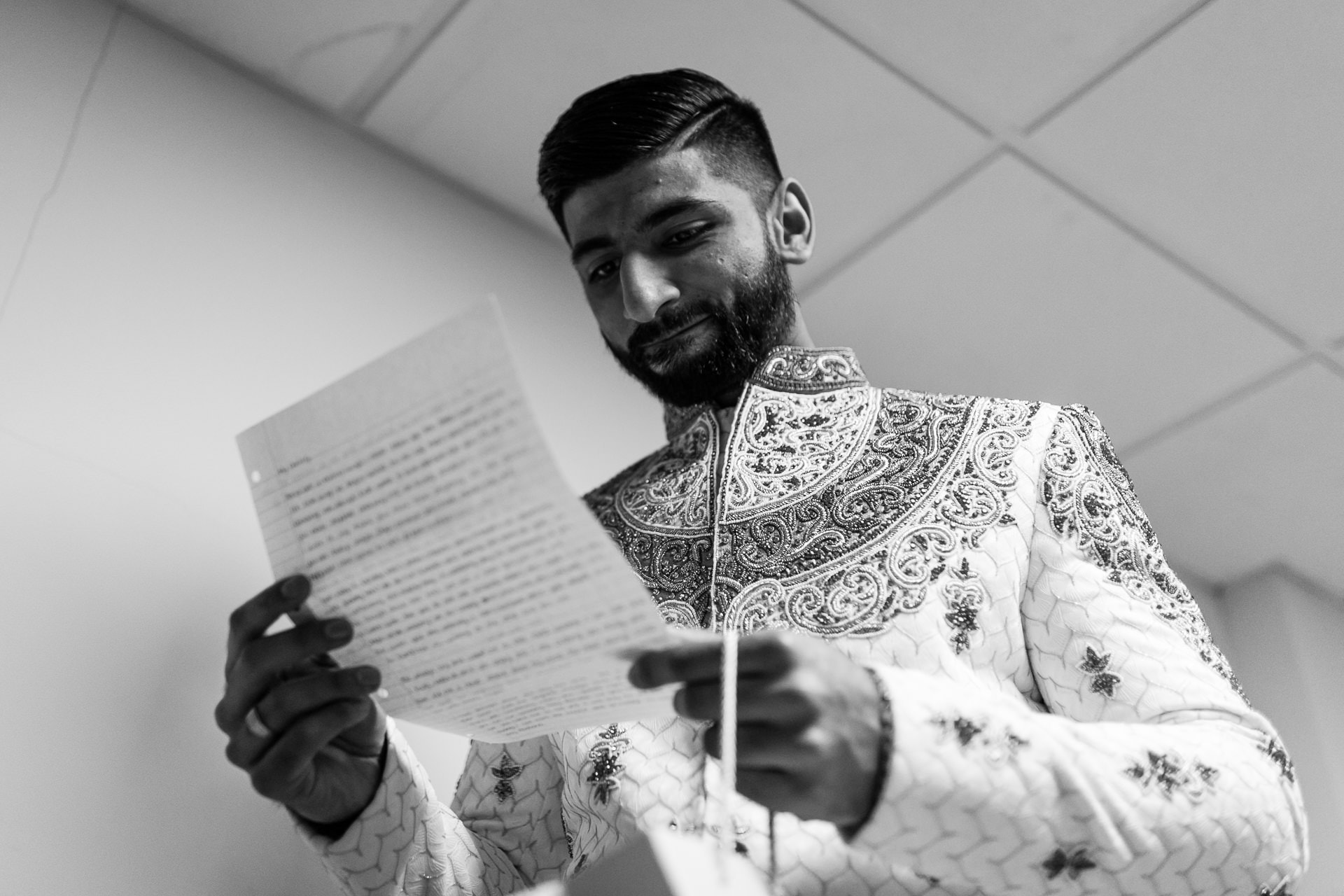 Asian groom ready love note