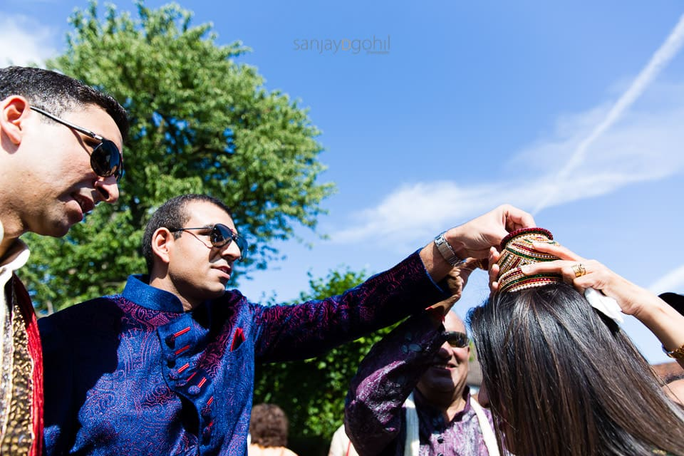 Welcoming ceremony during Asian Wedding