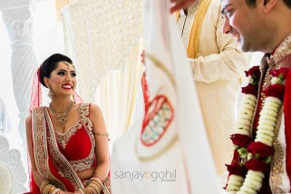 Wedding Bride and groom seeing each other for the 1st time