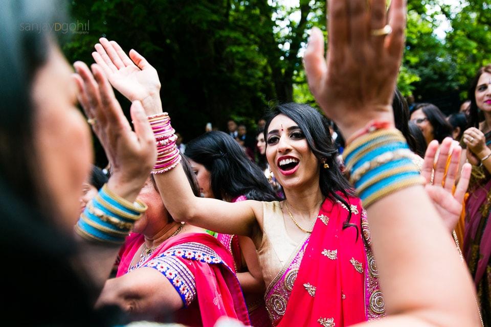 Hindu wedding guests arriving before gujarati wedding arrives