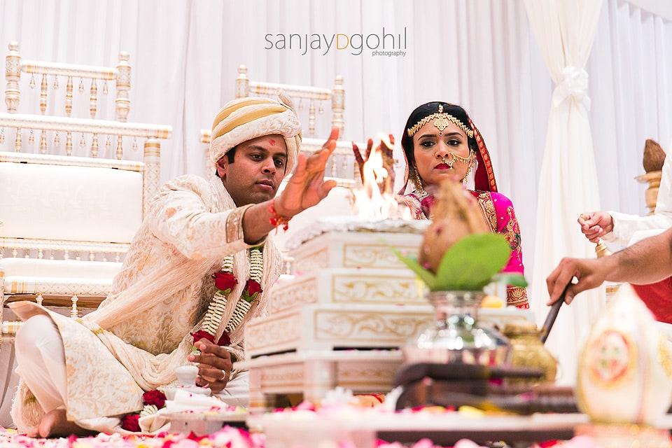 ealing-town-hall-hindu-wedding-017