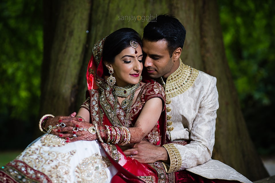 Asian wedding portrait in Syon Park