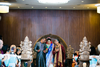 Arrival of the bride for her asian wedding