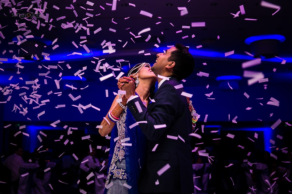 Confetti during 1st dance