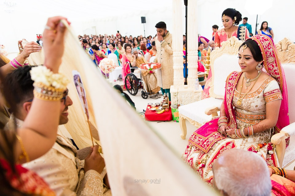 Hindu Wedding Bridal arrival