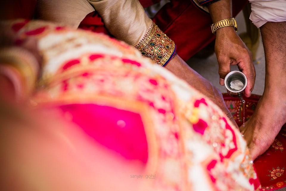 quendon-hall-asian-hindu-wedding-0022